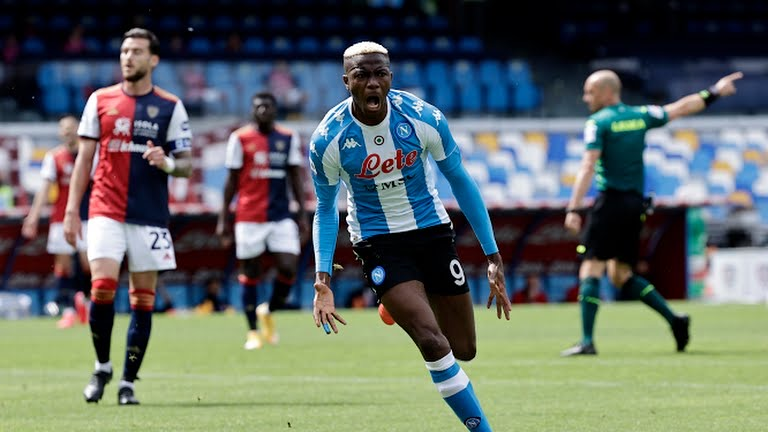 Victor Osimhen Scores Again For Napoli Against Cagliari, Sustains Nasty  Head Injury - OwnGoal Nigeria